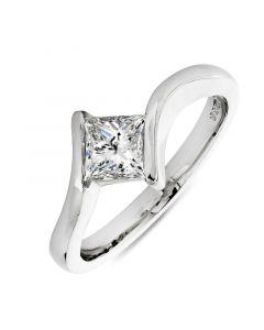 Platinum princess cut diamond single stone engagement ring. 0.73cts