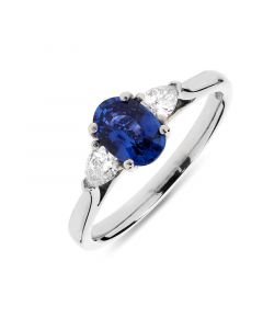 Platinum oval cut sapphire engagement ring. 0.95cts